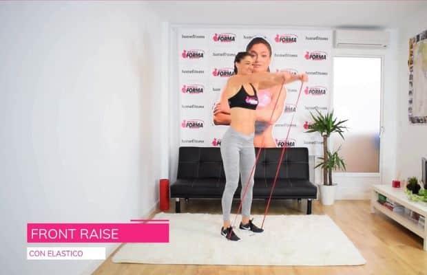 esercizio con elastico per le spalle: front raise