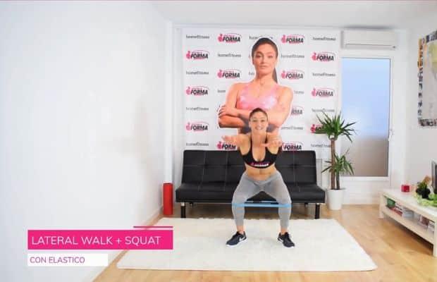 esercizio con elastico per gambe et glutei: lateral walk + squat